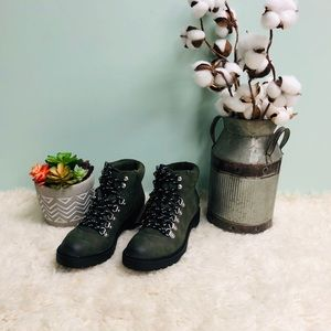 Steve Madden Women's Hiking Boots (PM71)